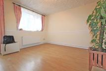 Ground Flat to rent in CHARDMORE ROAD, London...