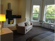 Studio flat in 76 Park Road West...