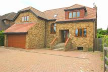 5 bed Detached property to rent in Welley Road, Wraysbury...
