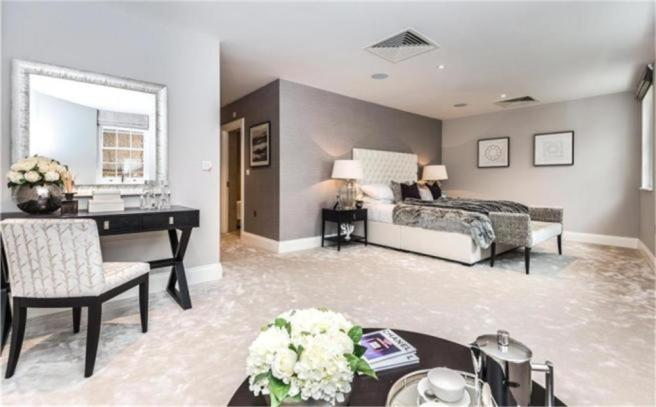 2 Bedroom Apartment For Sale In Apartment 11 Victoria Residences Victoria Street Windsor