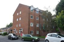 Flat to rent in Sarum Close, Salisbury