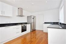 4 bedroom Terraced property in Ebbsfleet Road