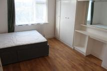 Flat to rent in Hide Road, HA1