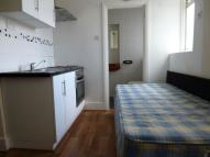 Studio flat to rent in Northumberland Road...