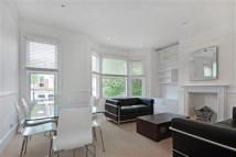 2 bedroom Apartment in Mostyn Gardens