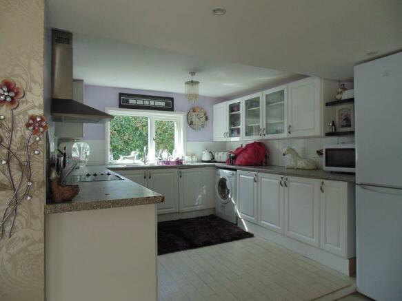 Kitchen in Hol...