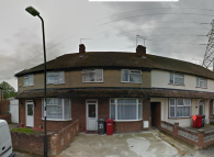 Aylesbury Crescent Maisonette to rent