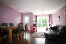 2 bedroom Flat to rent in Archibald Close, Enfield