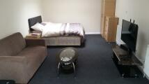 Studio apartment in OXFORD ROAD, Reading...