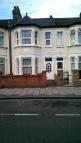 Flat in Thorngrove Road, London...