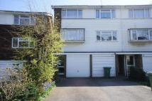 3 bedroom semi detached house in Silver Spring Close...