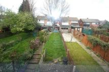 Maisonette to rent in Eversley Avenue...