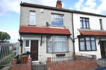 Lynmere Road End of Terrace house to rent