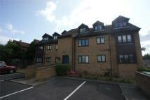 Flat to rent in Nuxley Road, Belvedere...