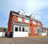 6 bed semi detached property in Narel Sharpe Close...