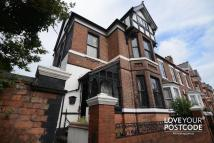 5 bed semi detached house for sale in Wood Green Road...
