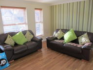 4 bedroom Town House to rent in Wateredge Close, Leigh...