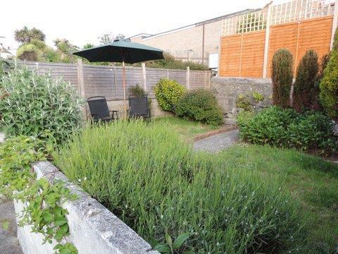 Rear Garden Photo Tw
