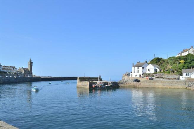 Harbourside nearby.J