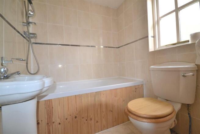 Bathroom aspect.JPG