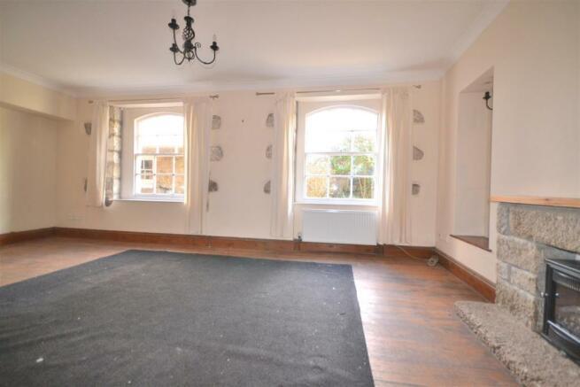 Living room aspect 2.JPG