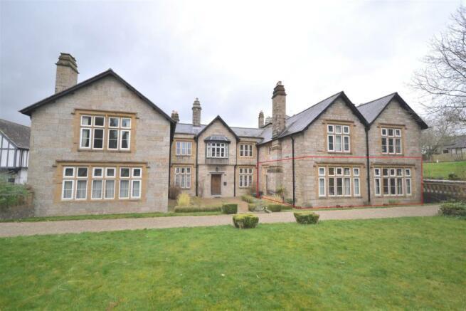 Front of Kinegie Manor.JPG