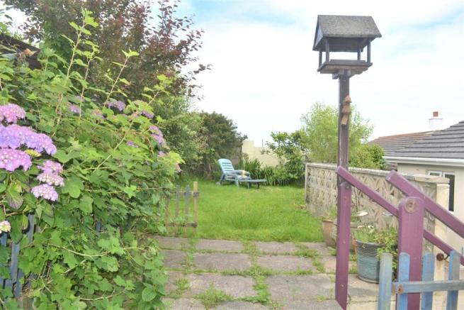 Upper rear garden.JP