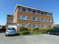 Flat to rent in Brentnall Court...