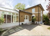 4 bed Detached home in Clifton Road, Wimbledon...