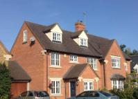 5 bedroom semi detached property in Lake Walk, Adderbury