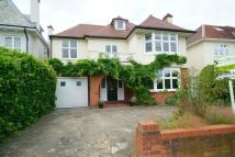 5 bedroom Detached house to rent in Berrylands, SURBITON, KT5
