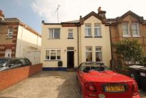 5 bed semi detached home to rent in Parkwood Road...