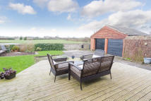 4 bedroom Detached property for sale in Eriskay, Whams Lane...