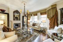 Apartment for sale in Cadogan Gardens, London...