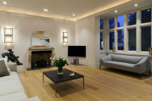 3 bed Flat for sale in Cadogan Gardens...