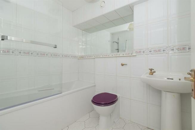 Bonnethill - bathroo