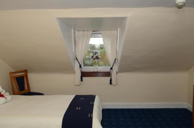 Top Floor Bedroom A