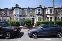 Maisonette in Claude Road, Leyton...