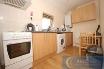 2 bed Flat to rent in Brecknock Road, Camden...
