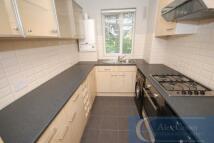 3 bedroom Flat in Luton Road London