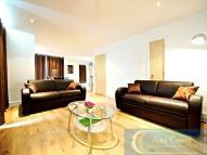 1 bedroom Flat in Banner Street...