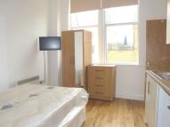 Studio flat to rent in Holloway Road, Archway...