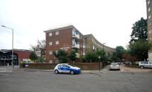 1 bed Flat to rent in Hale Gardens, Tottenham