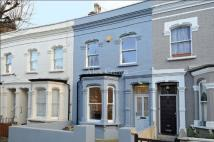 3 bed Terraced house to rent in Alexander Road, Holloway