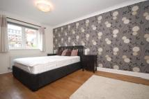 2 bedroom Terraced house to rent in Ridley Road, Dalston