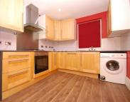 4 bed Terraced house to rent in Vernham Road, Woolwich
