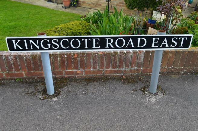 Kingscote Road East