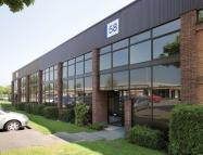 property to rent in Suttons Business Park, 