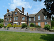 3 bedroom Apartment for sale in Burton Park Road...
