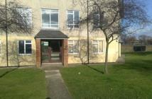 Flat to rent in Whitethorne Place...